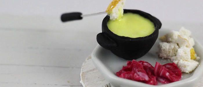 Tuto Fimo fondue Savoyarde – Faire une fondue Savoyarde en pâte Fimo